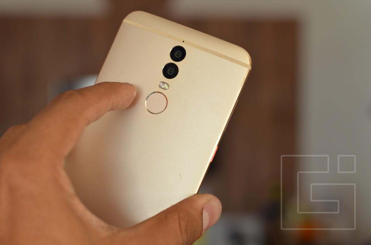 Micromax Dual 5 Fingerprint sensor