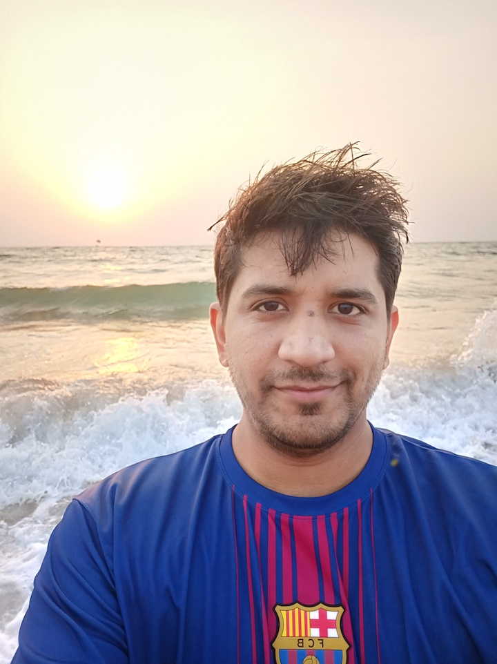 OPPO F7 Camera Sample Selfie